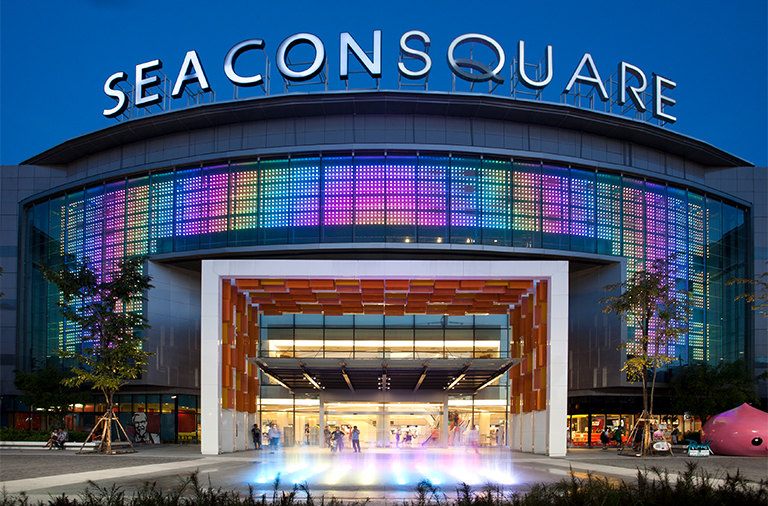SEACON SQUARE SRINAKARIN (FACADE RENOVATION DESIGN)