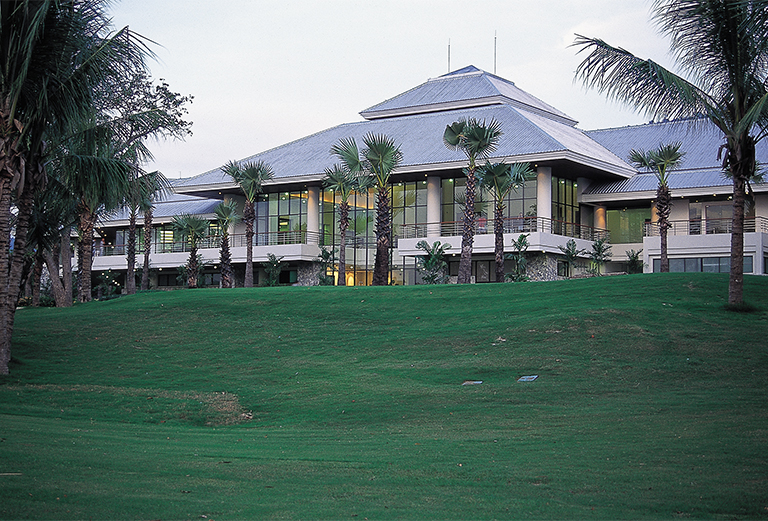 NATURAL PARK HILL GOLF CLUBHOUSE